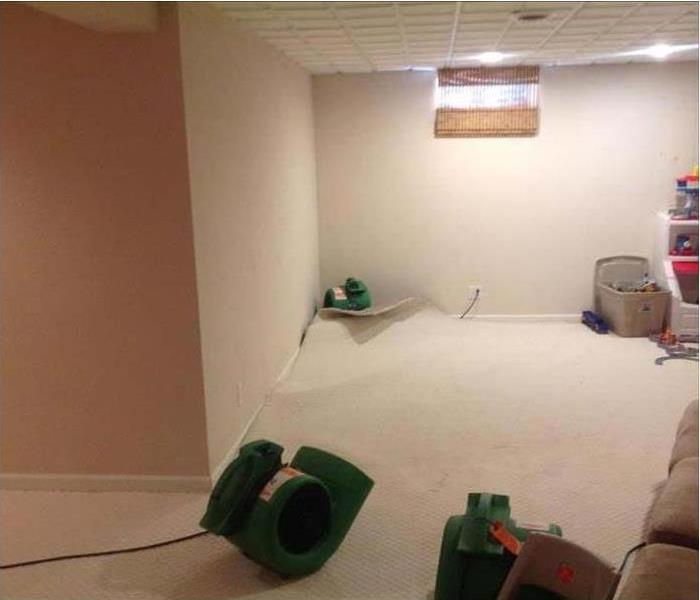 Wet Carpet in a Casa Grande Family Room Before