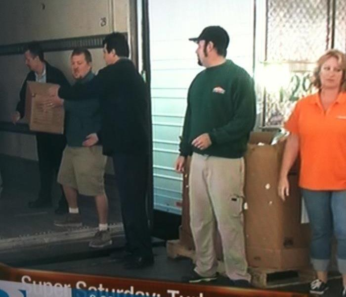 Food Drive in Casa Grande at Thanksgiving Time
